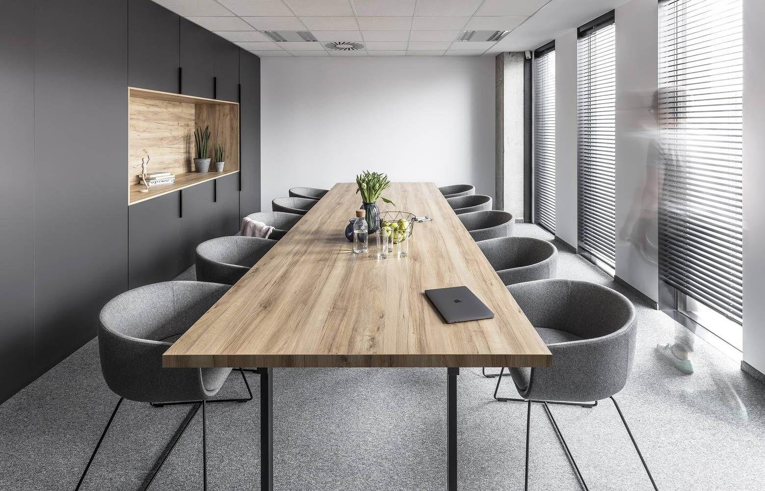 Дизайн переговорной комнаты
