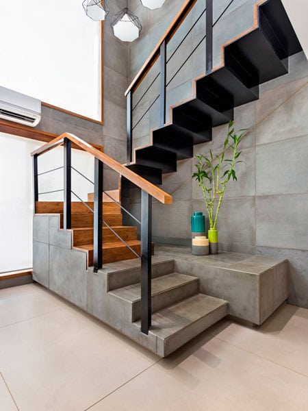 дизайн лестница в доме на второй