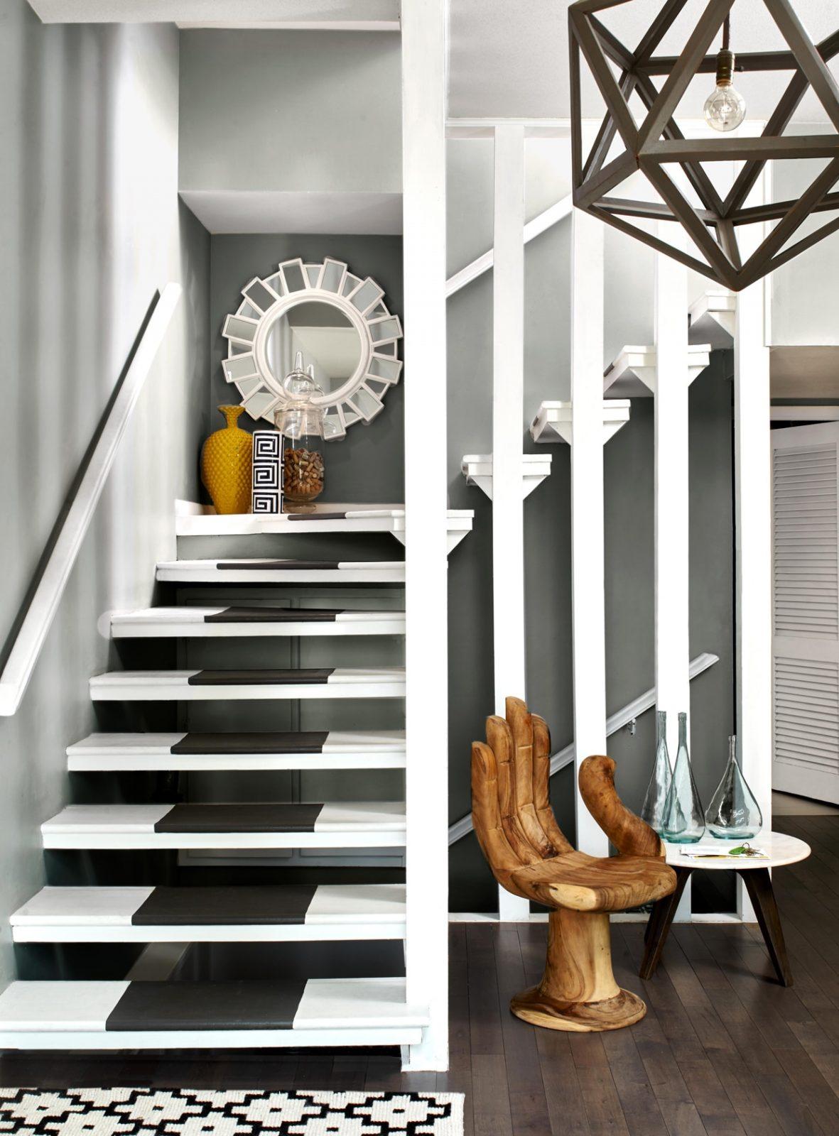 интерьер частного дома лестница фото