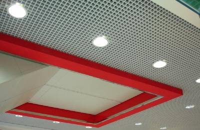 дизайн интерьера потолок грильято